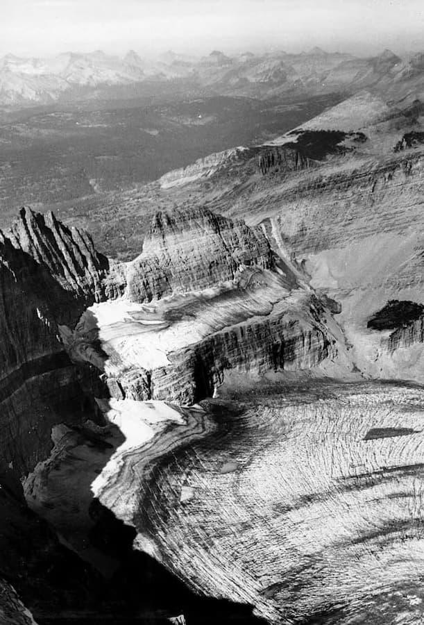 Grinnell Glacier in Glacier National Park (US) in 1938