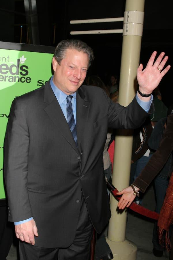 Al Gore waving