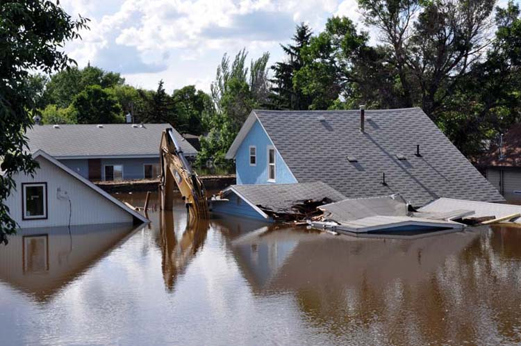 Crane lost to flood