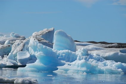 The melting of glaciers is caused primarily by the greenhouse effect